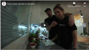 Kaksi ihmistä keittiössä