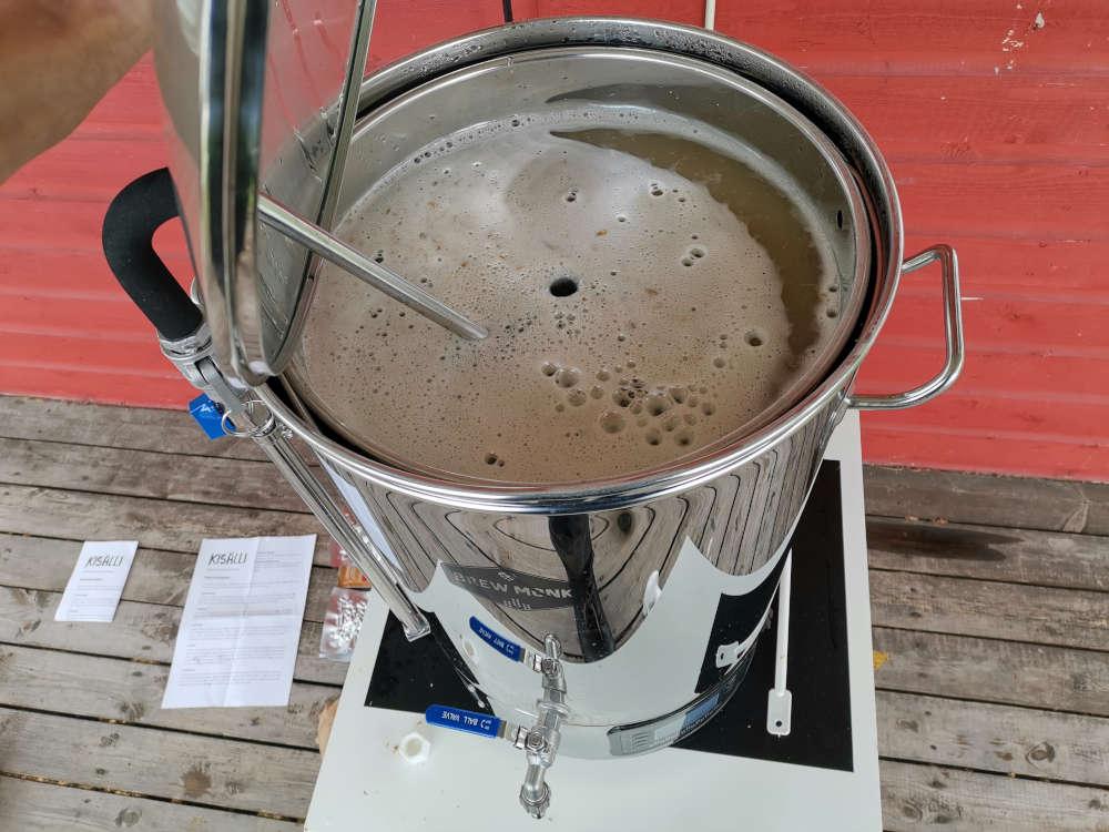 Koekeitto kisälli olutpakkaukselle
