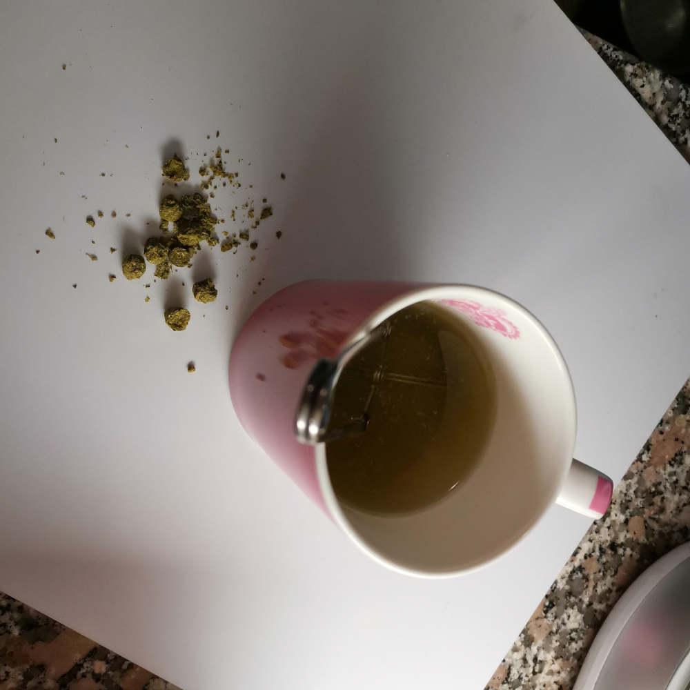 Humalan käyttö teessä