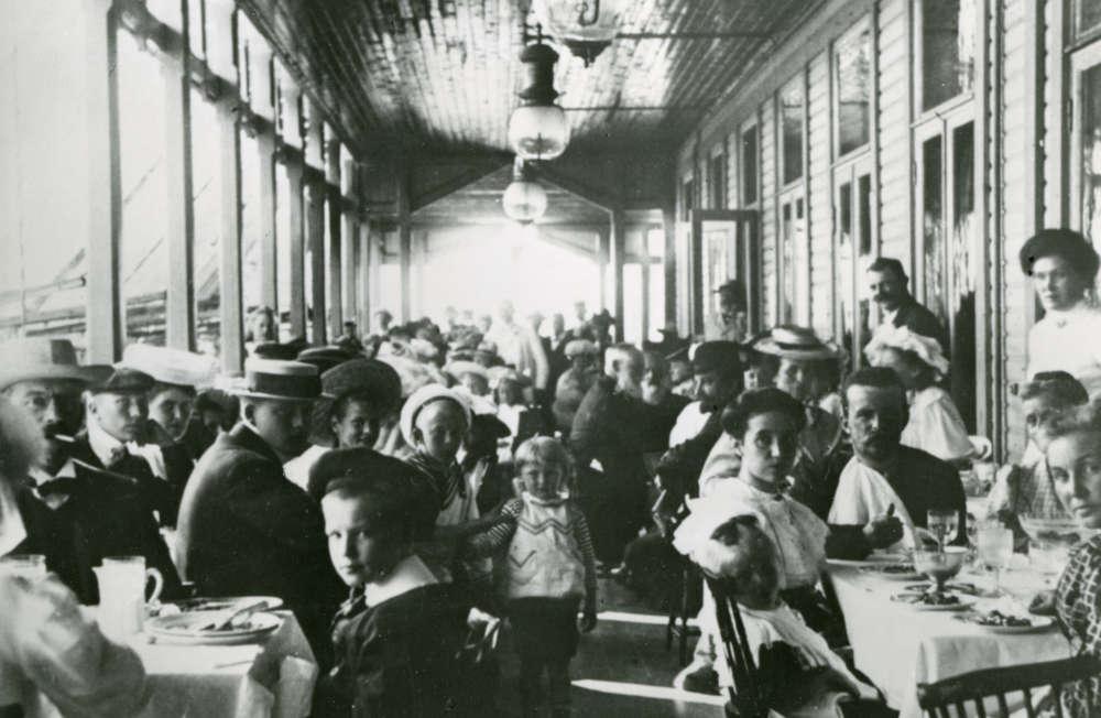 vanha kuva ravintolasta