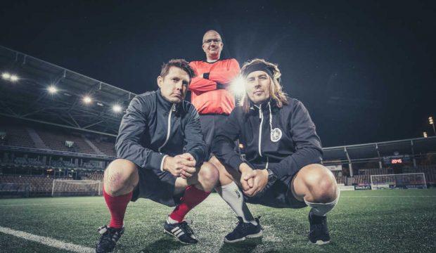 jalkapallomiehiä