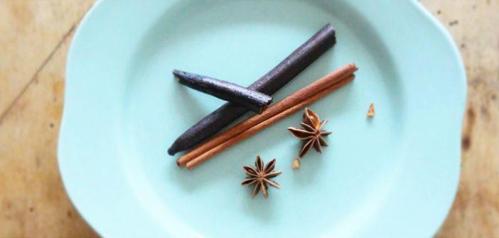 Glögikausi alkaa: Kokeile mausteista siideriglögiä